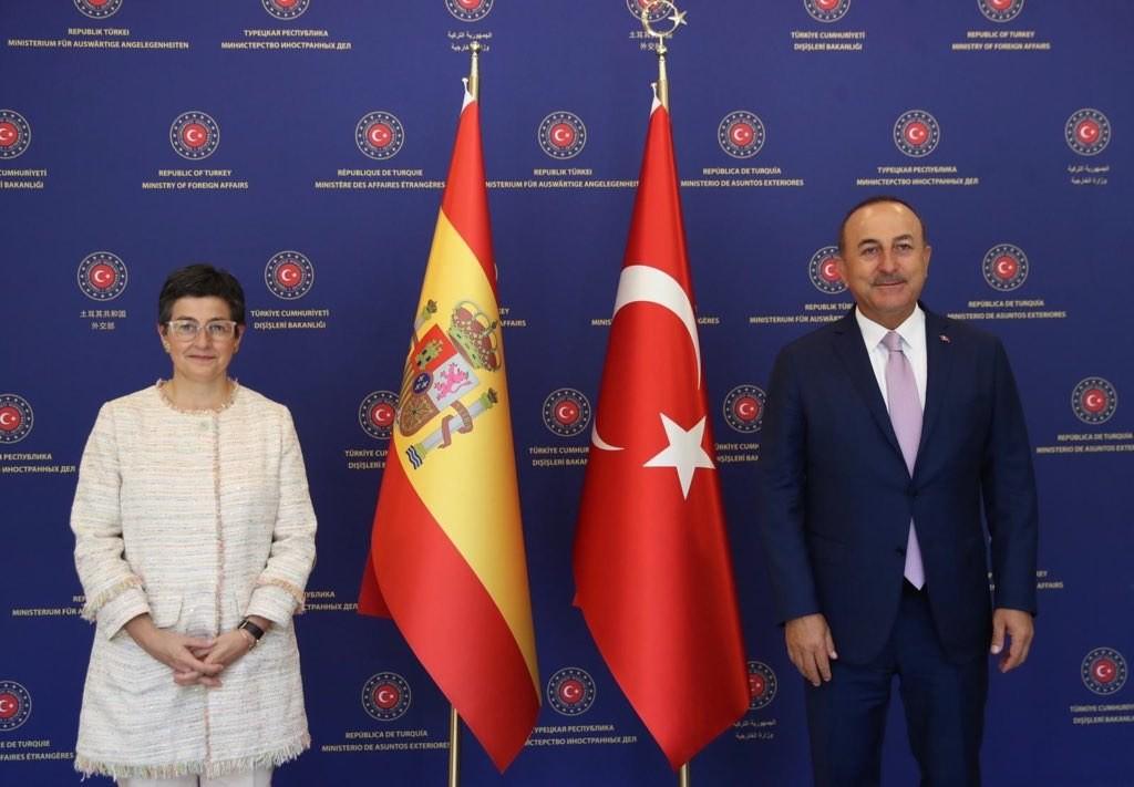 إسبانيا تركيا
