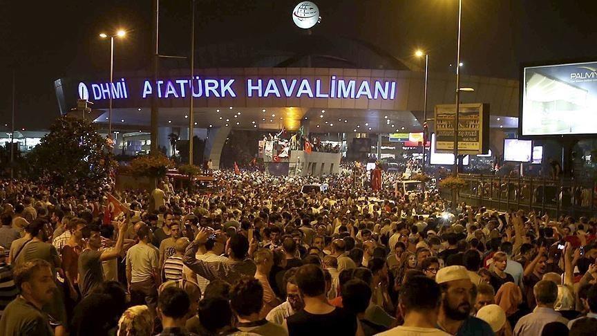 مطار أتاتورك، ليلة المحاولة الانقلابية الفاشلة